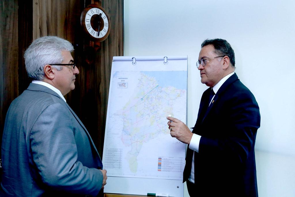 Roberto Rocha e ministro Marcos Pontes discutem os rumos do Acordo de Salvaguardas da Base de Alcântara