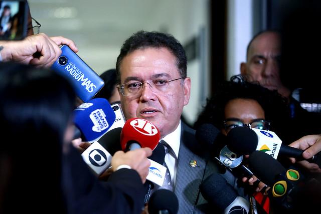Roberto Rocha apresenta relatório da Reforma Tributária