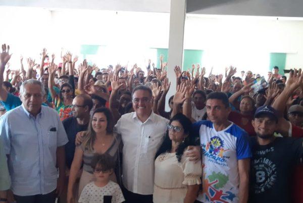 Roberto Rocha visita Carutapera e Cândido Mendes