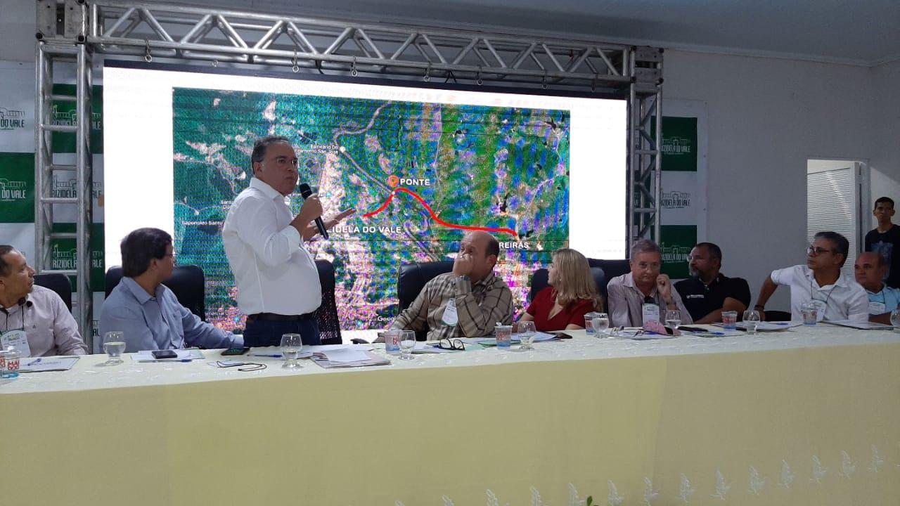 Em Trizidela do Vale, Roberto Rocha anuncia segunda ponte sobre o Rio Mearim
