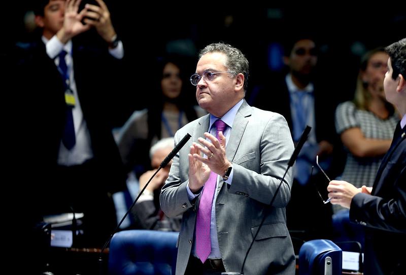 Roberto Rocha comemora aprovação do pacote anticrime