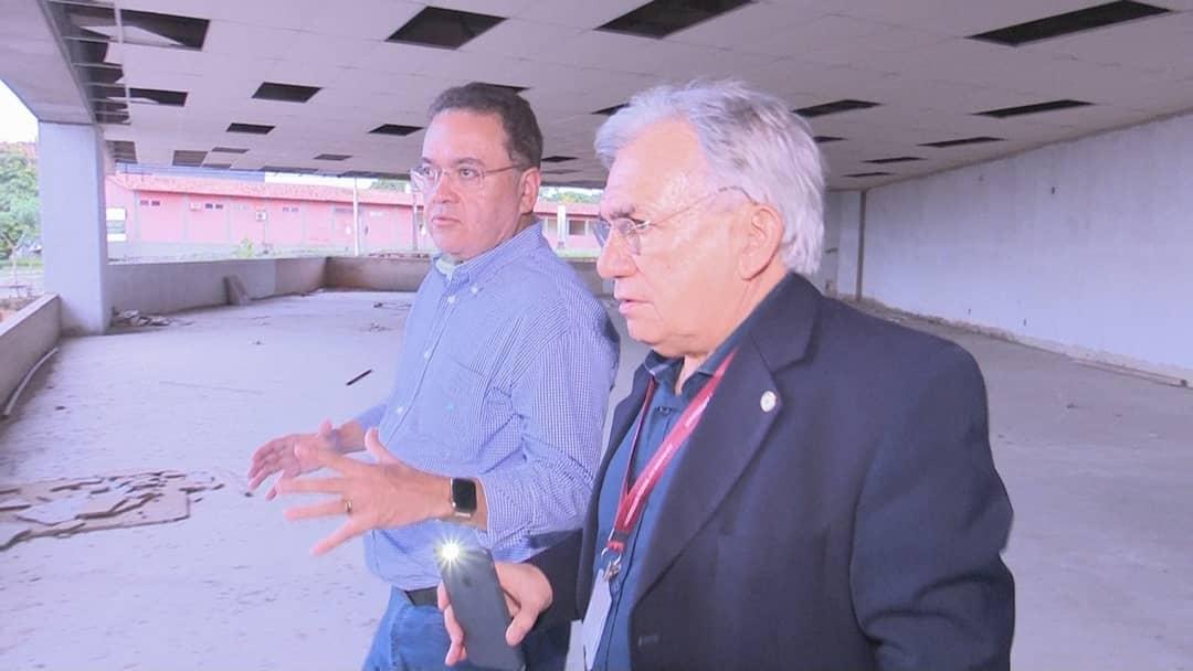 Biblioteca da UFMA: Roberto Rocha garante recursos para conclusão das obras