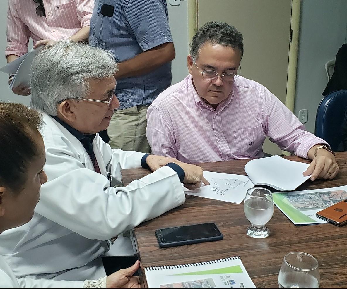 Combate ao coronavírus: Roberto Rocha viabiliza novos leitos para UFMA