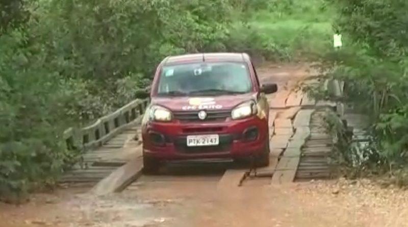 Ponte sob o Rio Maravilha