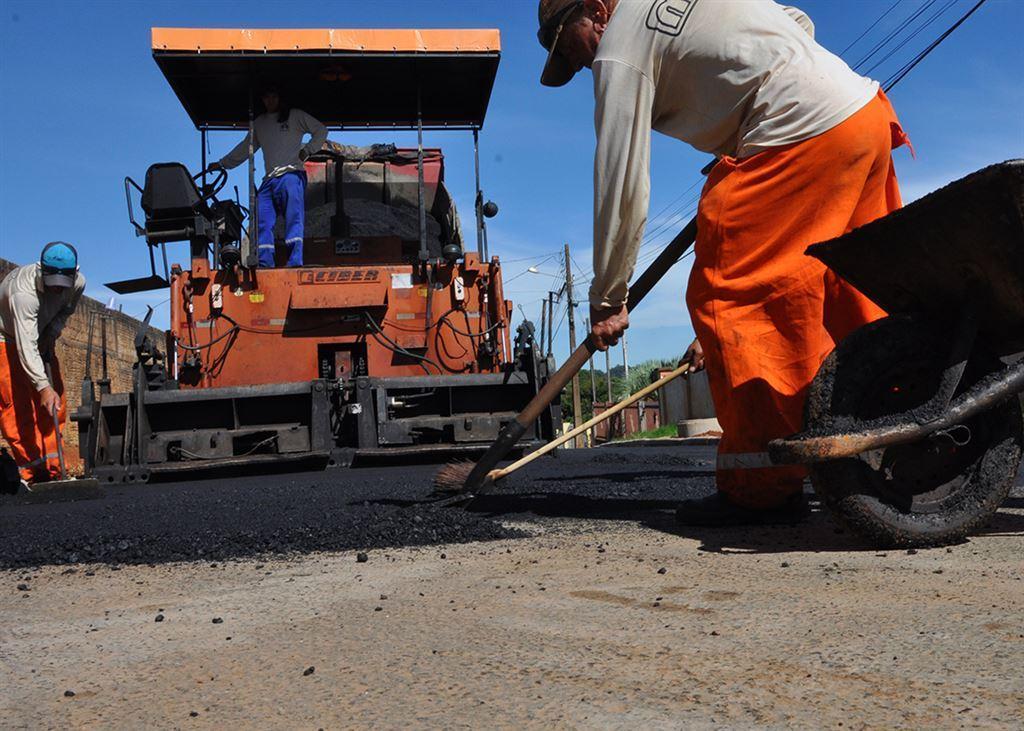 Bairros ganham novo asfalto em Santa Inês. Obras começam já